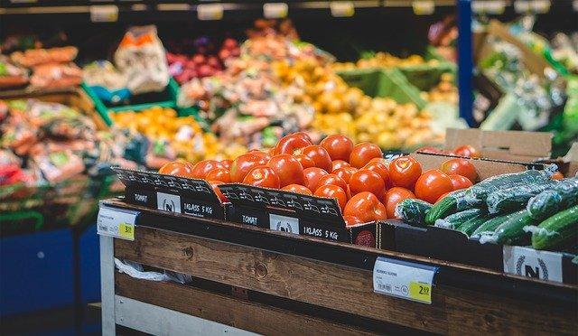 zelenina v obchodě
