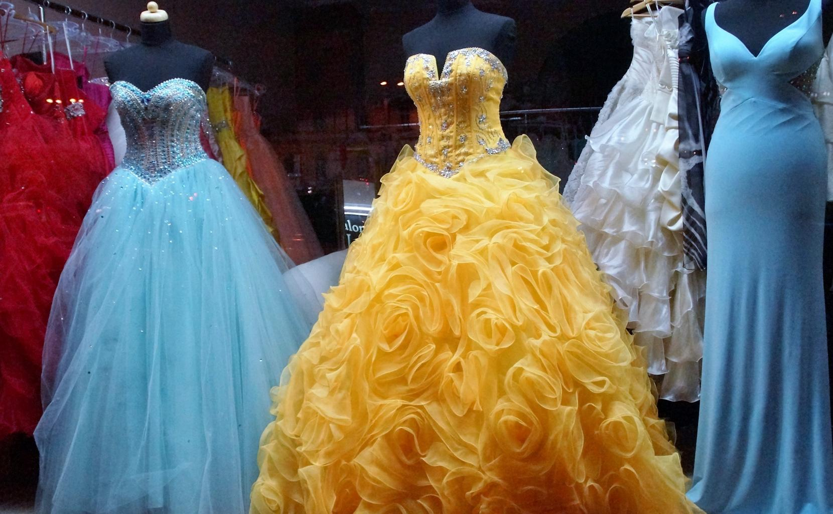 výběr šatů